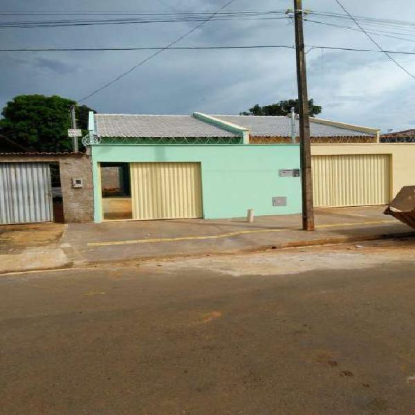 Casa de 80 metros quadrados no bairro cidade vera cruz com 2