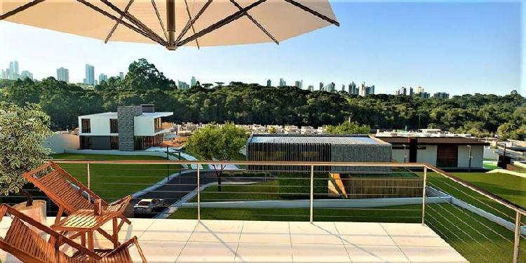 Casa de condomínio para venda tem 600 metros quadrados com