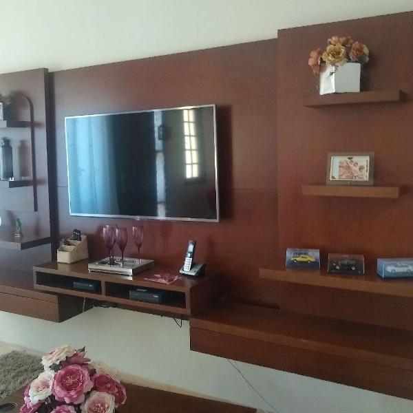 Estante painel sala madeira maciça