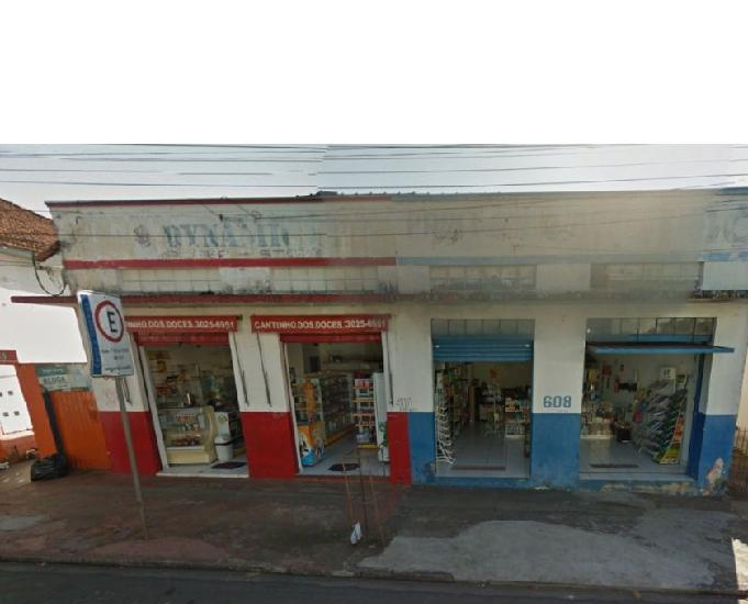 Imóvel comercial na rua araguaia