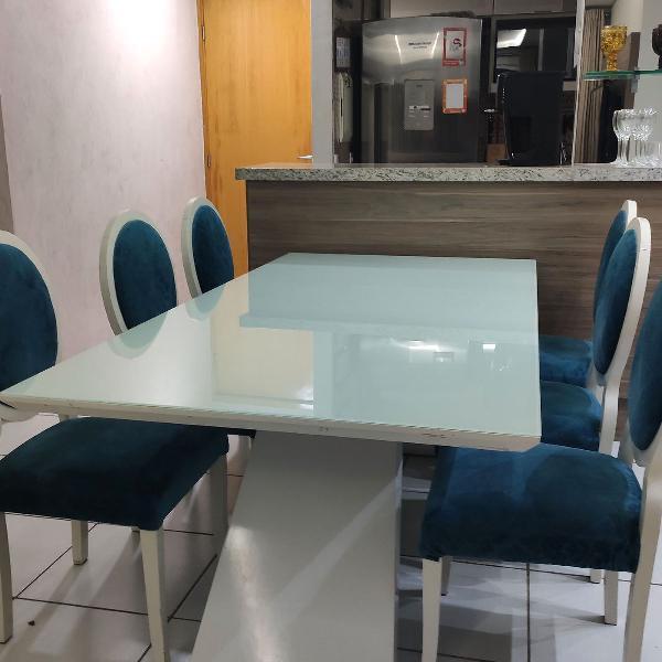 Mesa laca branca tampo de vidro