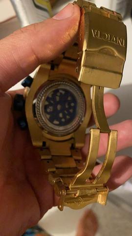 Relógio invicta muito novo e original