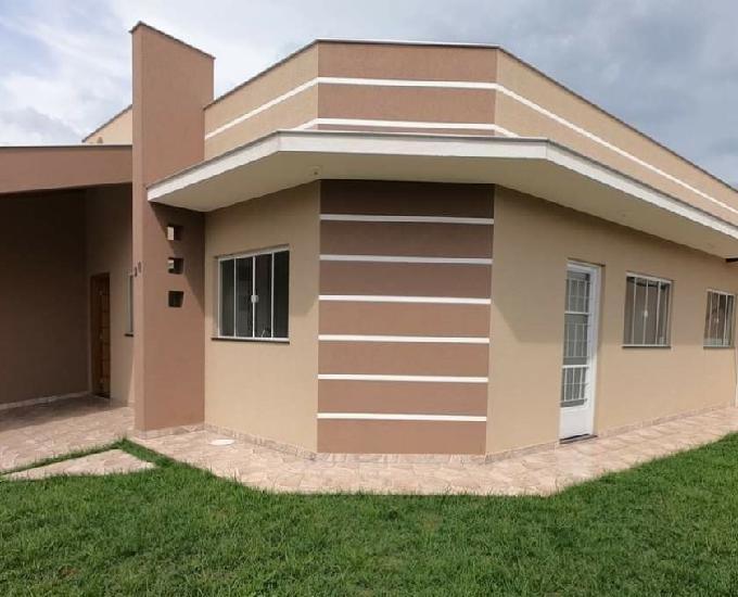 Vendo casa com ótima localização