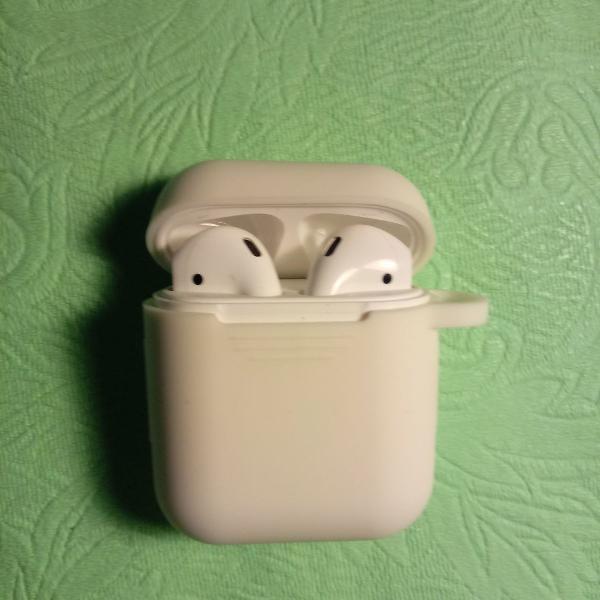 Airpods apple (original)- usado poucas vezes