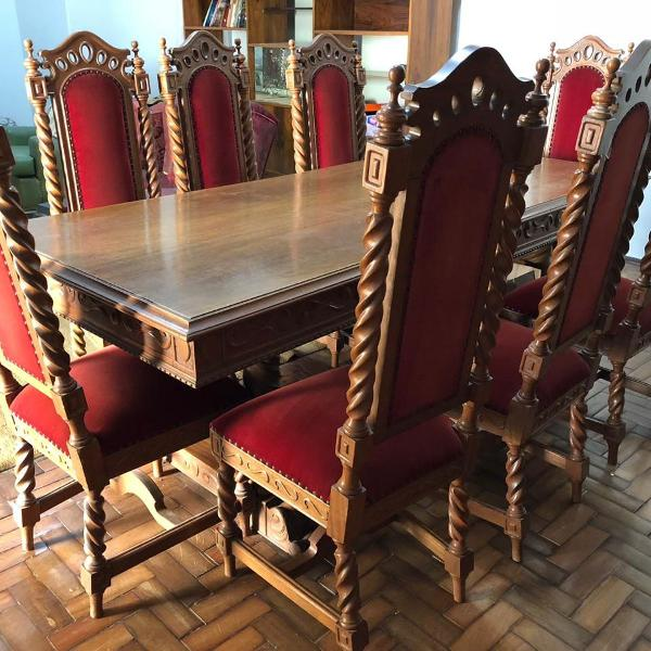 Arca+mesa +8 cadeiras -madeira cerejeira