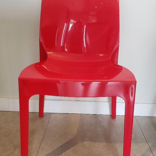 Cadeiras confortáveis 3 unidades semi nova