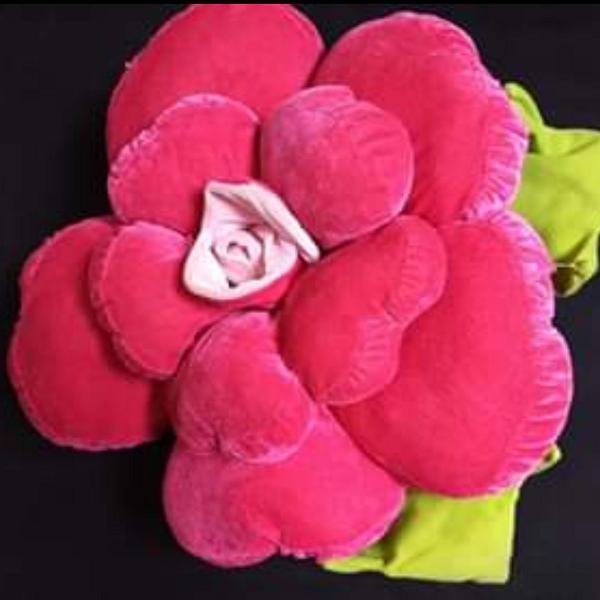 Flor de pelúcia 3d - almofada decorativa