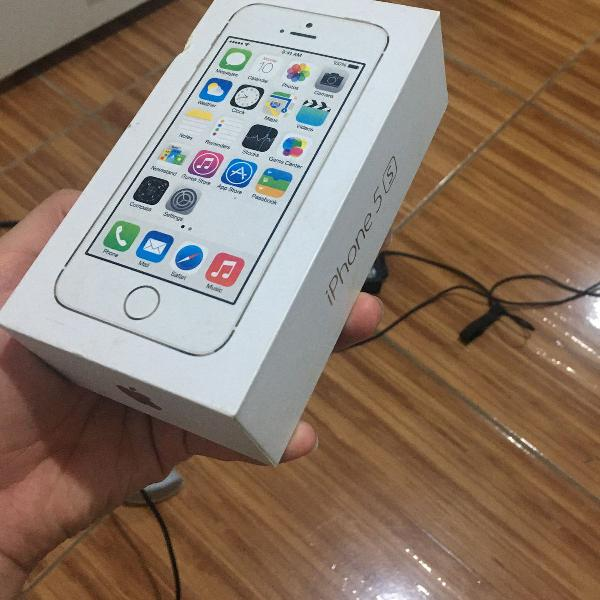 Iphone 5s gold ouro