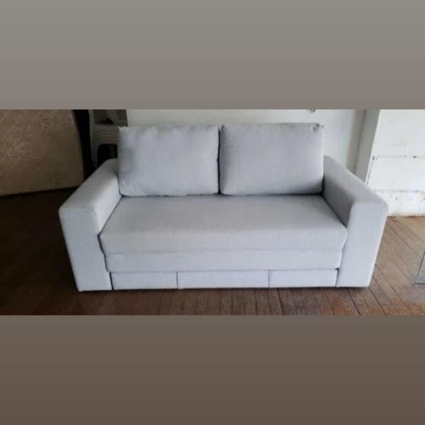 Sofá cama semi novo