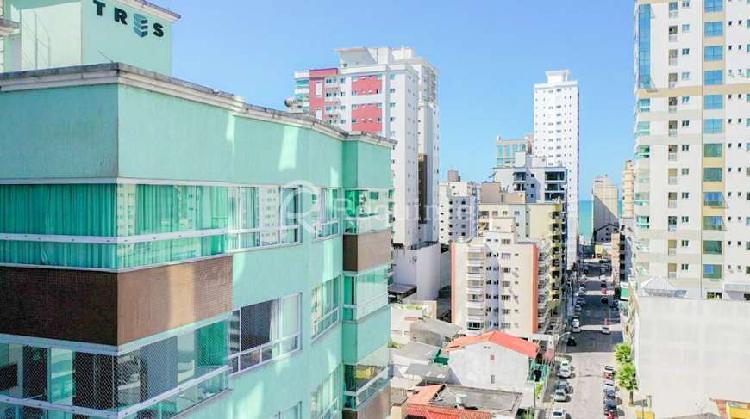 Apartamento com 3 suítes mobiliado em itapema