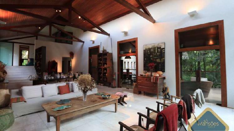 Bela casa de 643,79m² para venda no vila alpina
