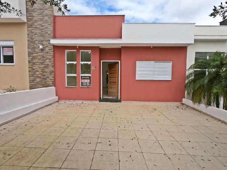 Linda casa térrea para venda ou aluguel