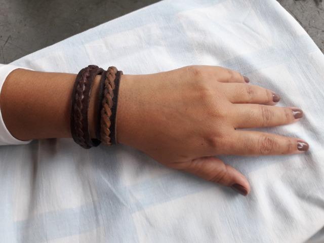Pulseiras em couro artesanais