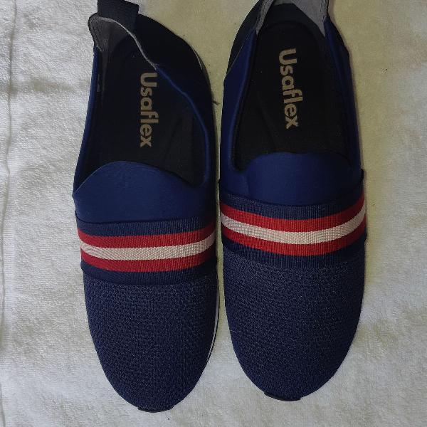 Usaflex azul com detalhe vermelho, branco e preto