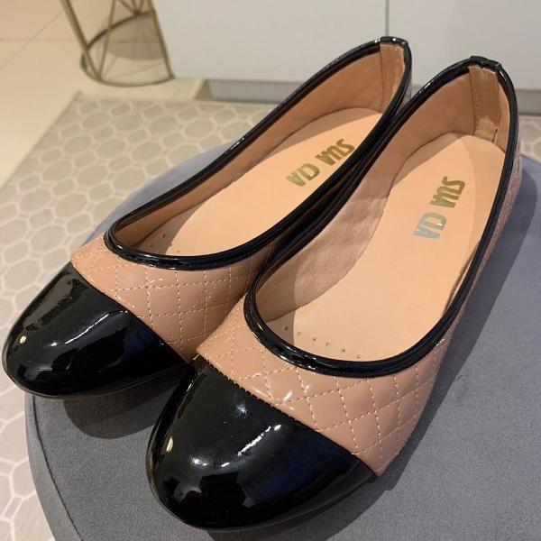 Linda sapatilha nova, nunca usada, tamanho 38