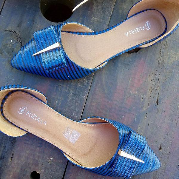 Sapatilha azul bico fino