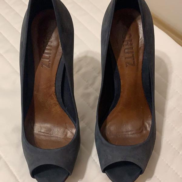 Sapato peeptool azul