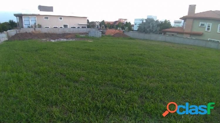 Terreno reserva paratehy no urbanova com 715 metros de esquina