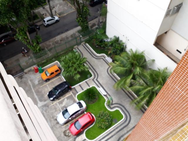 Apartamento para aluguel com 119 metros quadrados com 3