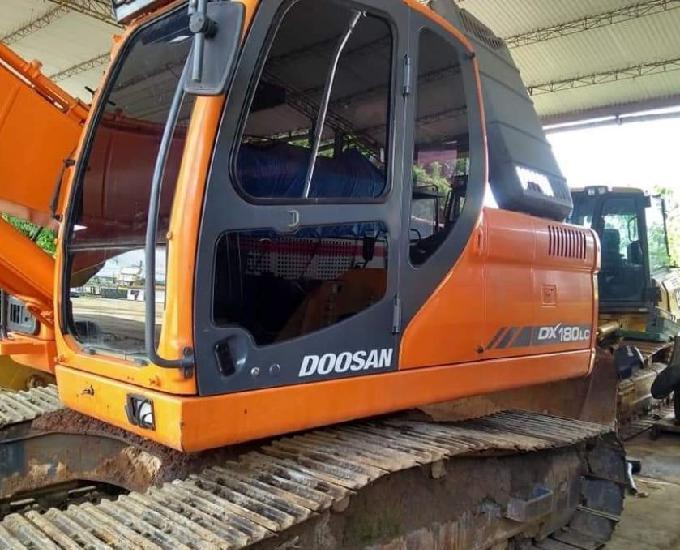 Escavadeira doosan Dx180