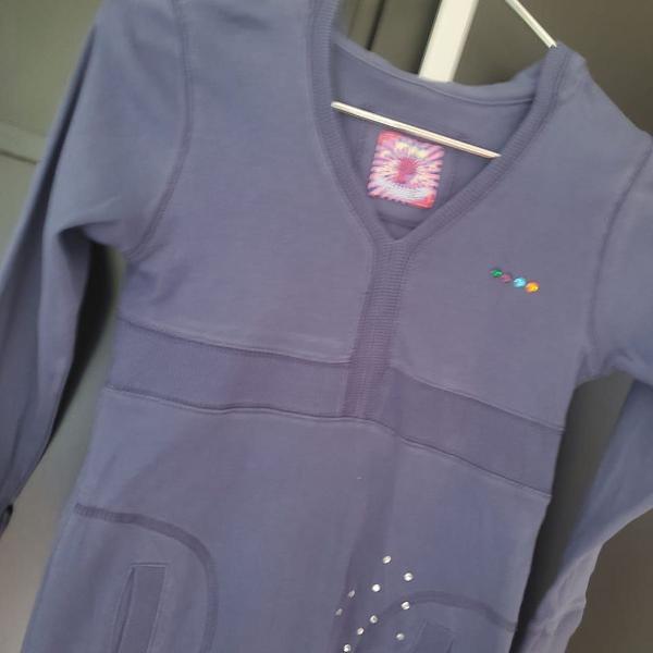 Blusa azul violeta