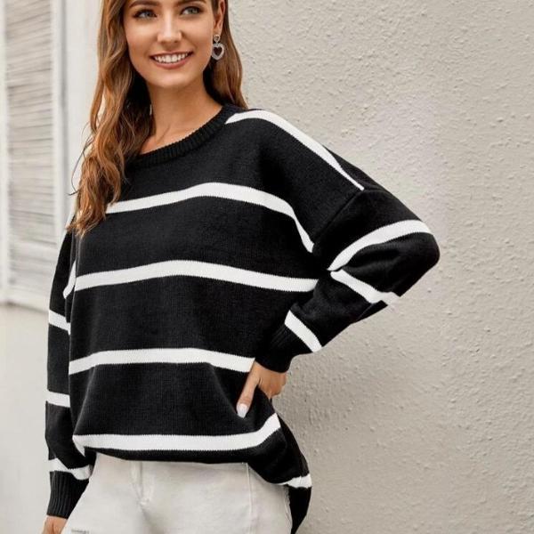 Blusa listrada preta e branca - manga longa - inverno e