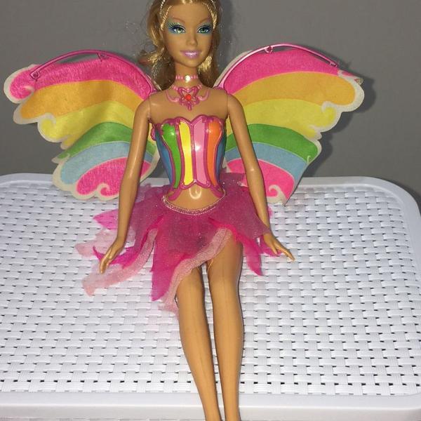 boneca barbie fairytopia a magia do arco íris