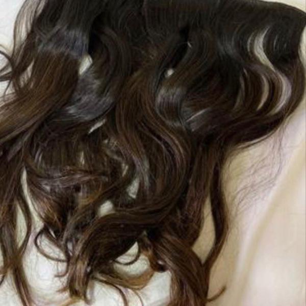Mega hair com técnica inclusa
