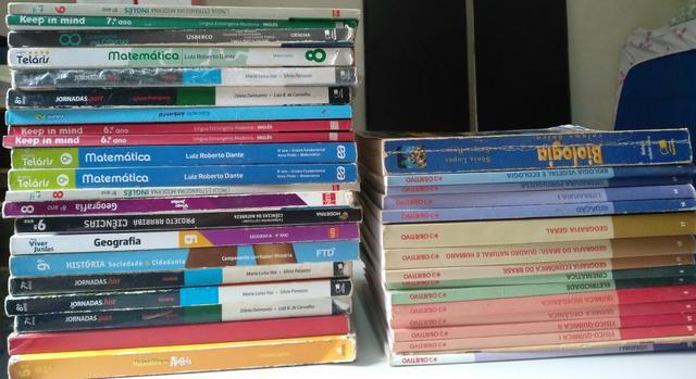 Livros didáticos ensino fundamental e médio - doação