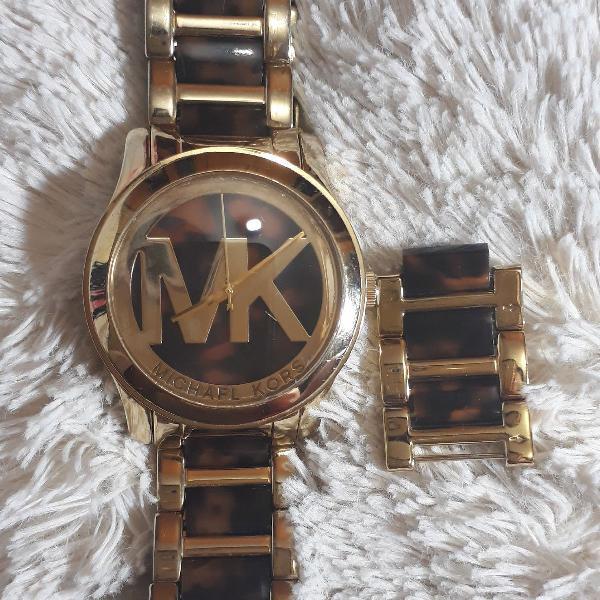Relógio michael kors mk dourado com pulseira animal print