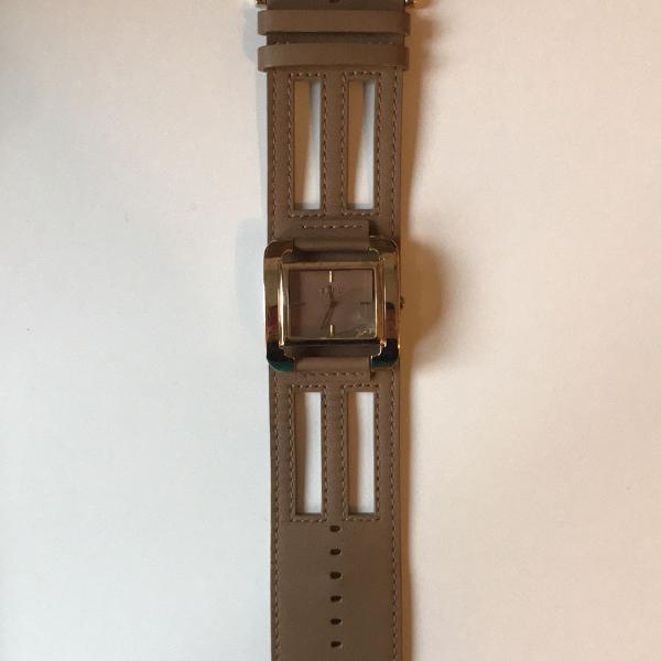 Relógio couro