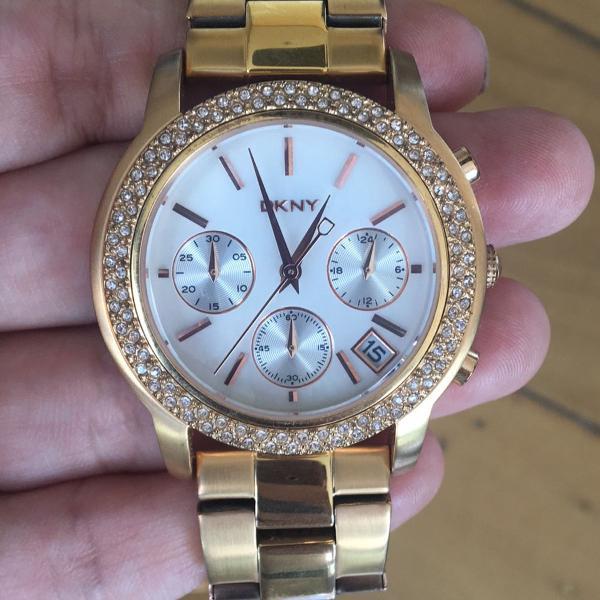 relógio dkny feminino