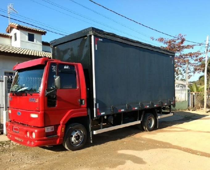 Ford cargo 815 2005 bau sider