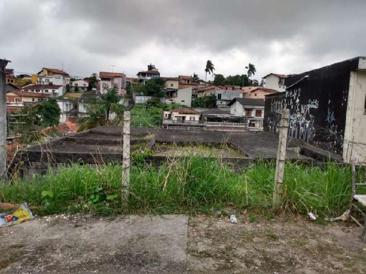 Terreno com projeto aprovado e estrutura executada