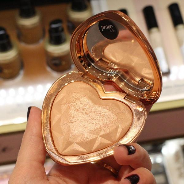Iluminador too faced