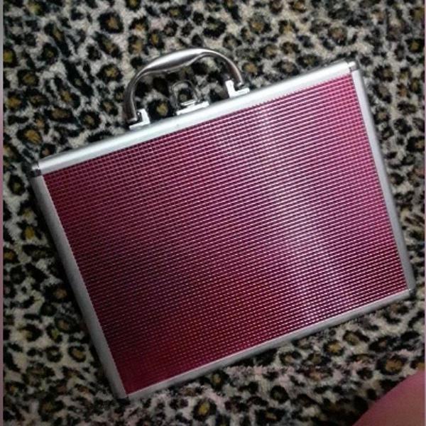 maleta rosa para pinceis/maquiagens