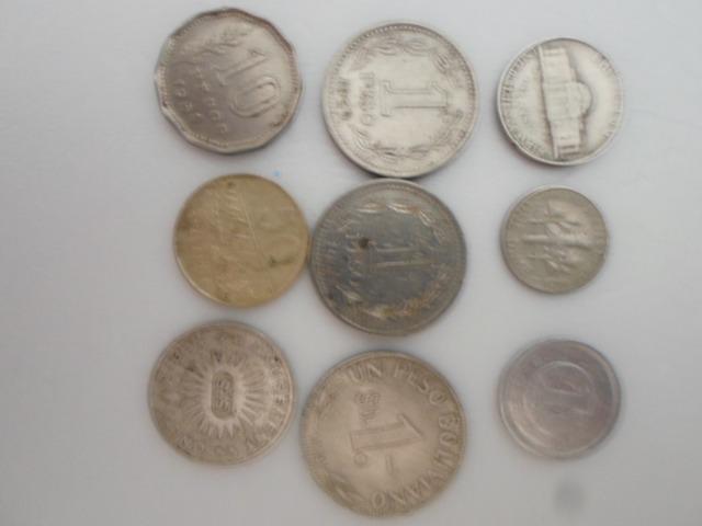 9 moedas antigas estrangeiras (50,00)