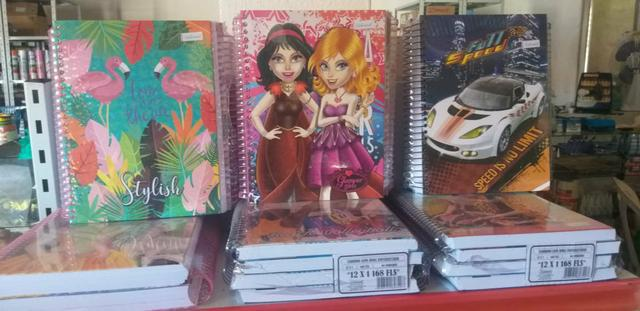 Cadernos capa dura