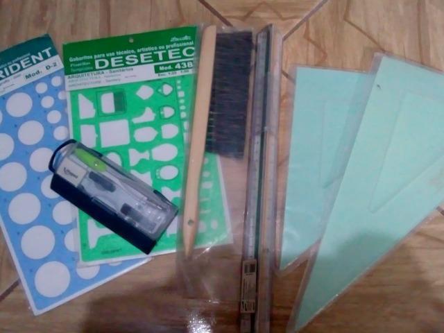 Kit para alunos de arquitetura e urbanismo ou design de