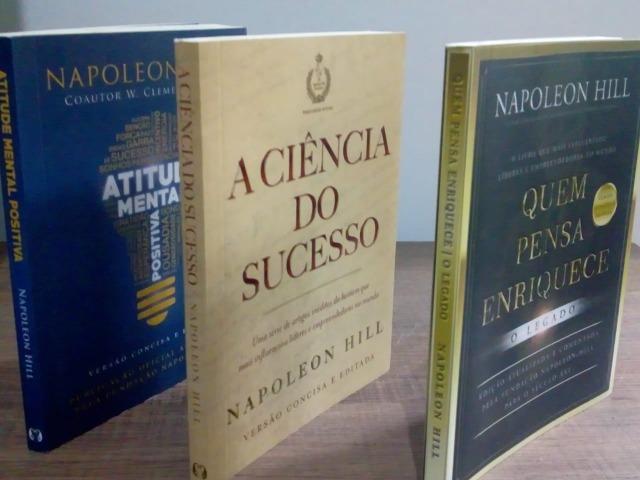 Mini livros do napoleon hill novos
