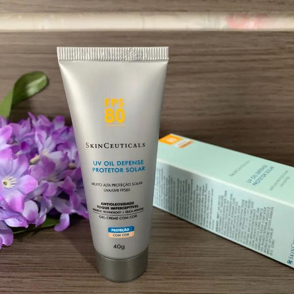 Protetor solar com cor skinceuticals fps80