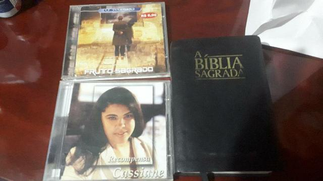 Cd cassiane + cd fruto sagrado + biblia sagrada