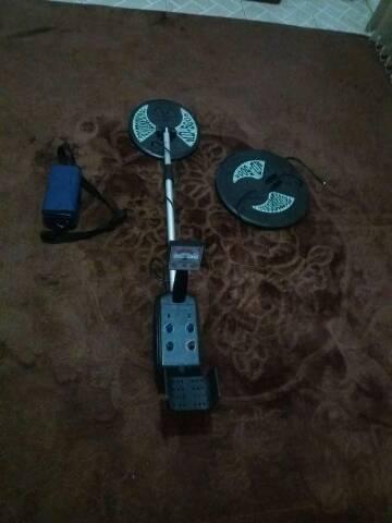 Detector de metais semi novo