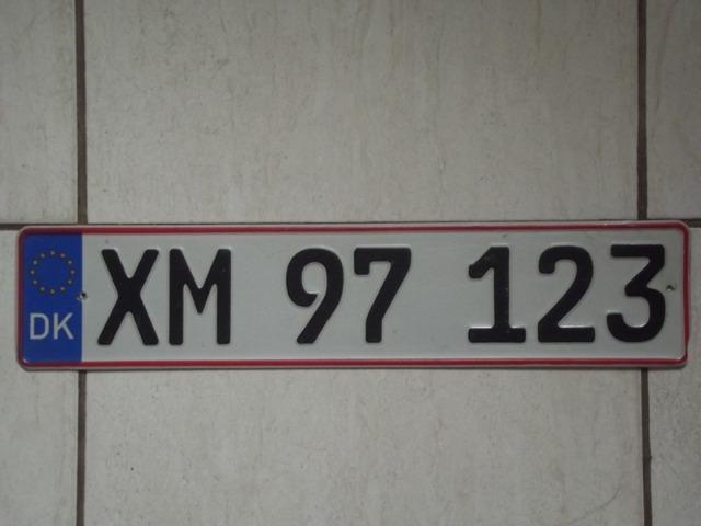 Dinamarca,placa de carro,tenho muitos países,original e