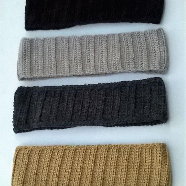 Faixa de crochê em lã