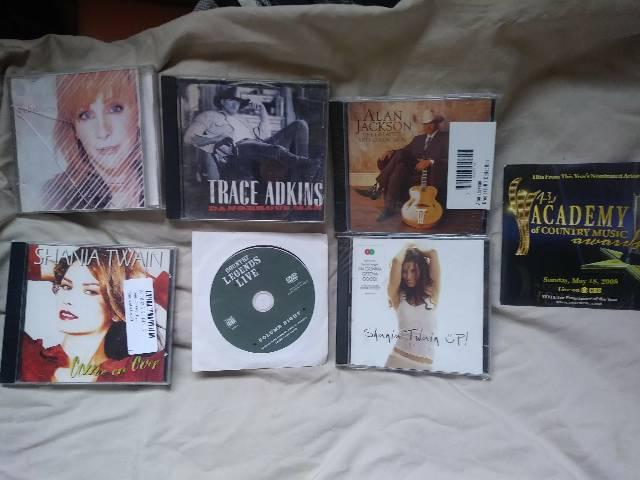 Vários cd's country importados veja lista no anúncio