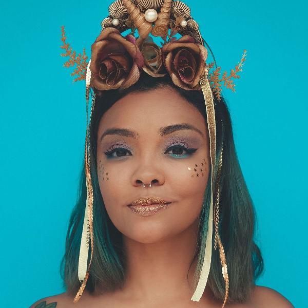 tiara rainha das águas douradas