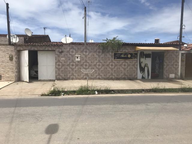 Alugo casa na principal do Eustáquio Gomes