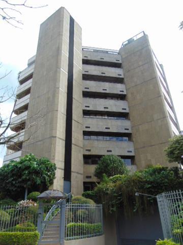 Apartamento para alugar com 3 dormitórios em, cod:i-002619