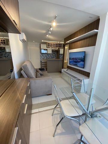 Flat de alto padrão - mobiliado, super bem decorado, frente